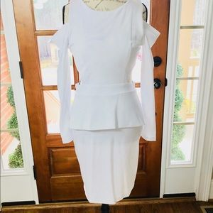 Unique white cocktail dress Size 4